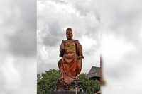 Patung Laksamana Cheng Ho yang berada di area wisata Klenteng Sam Poo Kong