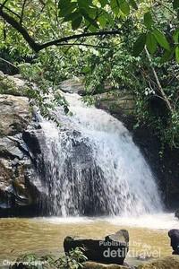 Air terjun pertama dari sungai Pampang.