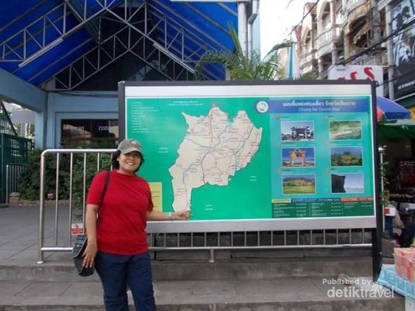 Kawasan imigrasi perbatasan jika ingin melanjutkan perjalanan ke Myanmar yaitu kota Tachileik.