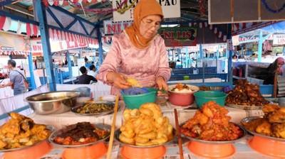 Nasi Kapau Khas Sumatra Barat, Lamak!