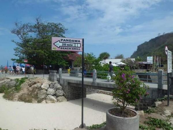 Menuju Pantai Pandawa.