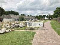 Gerbang masuk Hunebed Centrum atau museum Hunebed