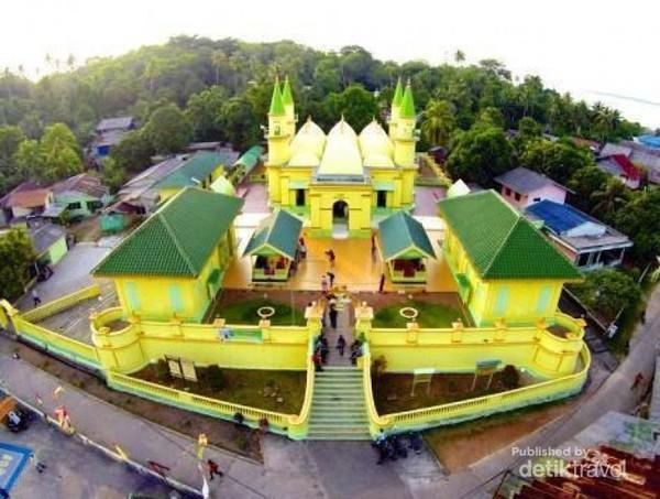 Pulau Penyengat tempat wisata budaya melayu