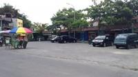 Tempat parkir Wisata Religi Gunung Pring