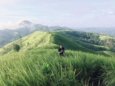 Hanya Kalimantan Barat yang Punya 3 Bukit Secantik Ini