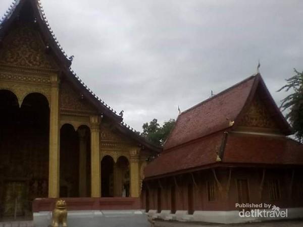 Kuil Senshoukaram ini begitu indah, bersih, dan terawat.