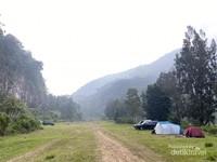 Bukit Golf Cibodas - Lokasi spot diatas, lebih privat namun hanya dapat dijangkau oleh kendaraan tertentu