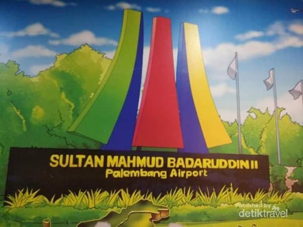 Bandara Sultan Mahmud Badaruddin II adalah bandara yang ada di ibu kota Sumsel, Palembang.