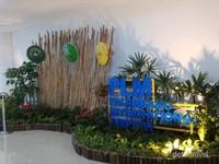 Taman mungil di bandara udara Palembang.