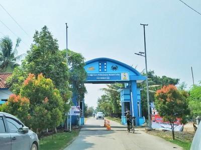 Liburan ke Pantai Gopek di Banten Lama, Bayarnya Cuma Rp 500