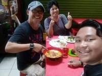 Asiknya kuliner ala Kampung Hulu Melaka.