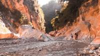 Sumber air panas, salah satu potensi wisata di TTS yang belum dikelola