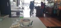 Menikmati kopi dan amplang Singkawang.
