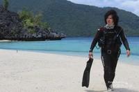 Keindahan pasir putih Pulau Hari
