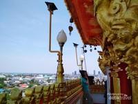 Kota Khon Kaen dari atas Wat Nong Waeng