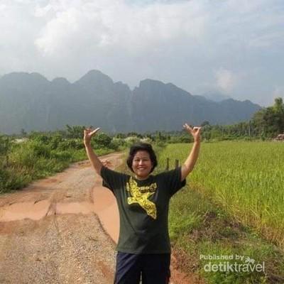 Menjelajah Eloknya Alam Vang Vieng
