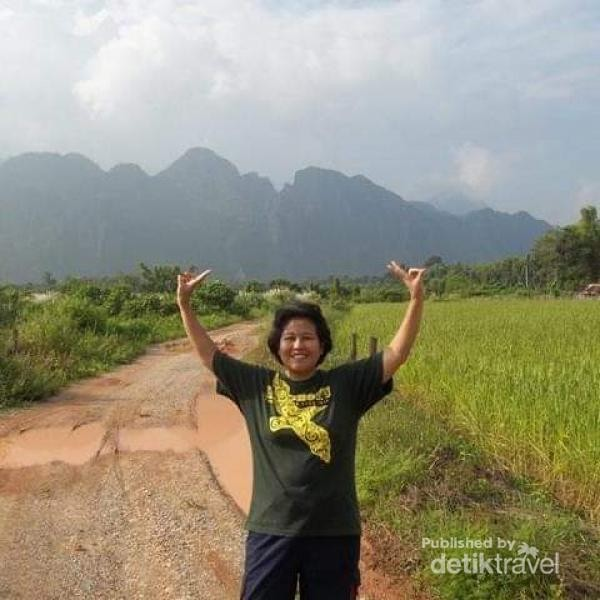 Jajaran pegunungan Karst Vang Vieng