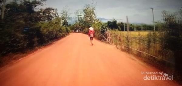 Damainya suasana pedesaan Thakhek.