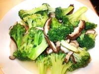 Sayur brokoli yang tampak nikmat dan segar