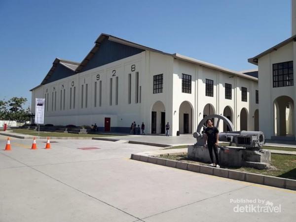 Museum De Tjolomadoe