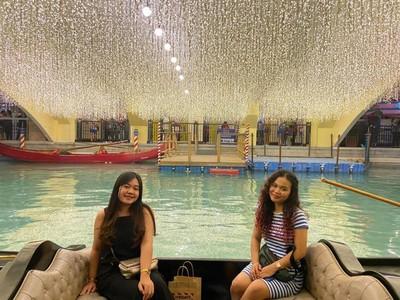 Serunya Naik Gondola ala Venisia tapi di Manila