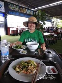 Foodcourt bandara Cam Ranh