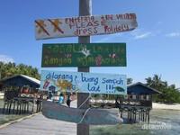 Luas Pulau Arborek hanya 6 hektar, cukup 30 menit sudah bisa keliling pulau.