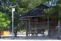 Villa yang berada di Pulau Bokori, bisa menjadi pilihan jika ingin menginap