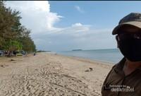 Hamparan Pasir putih di pantai Batakan Baru