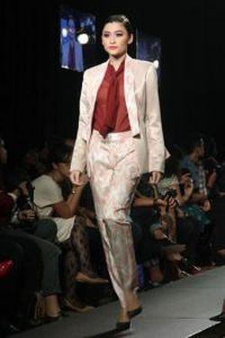 Tas Karya Desainer Didiet Maulana Jadi Hadiah Grammy Awards 2016