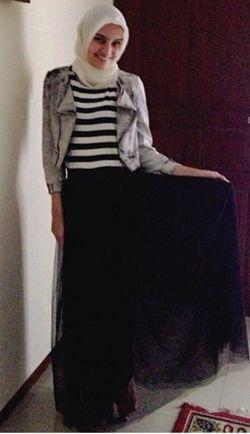 Hijab Style Cantik Dengan Gaya Jilbab Sederhana Ala Zee