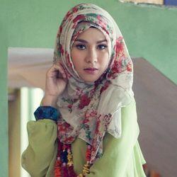 Bikin Film Hijab, Zaskia Adya Mecca Jadi Produser Sekaligus Pemain