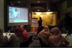Serunya Workshop Menulis Sunsilk Bersama Dewi Lestari