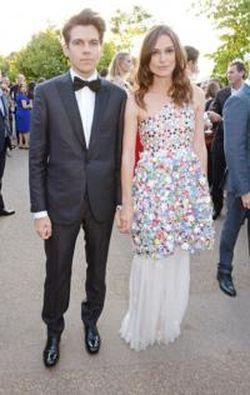 Foto: Keira Knightley & Suami Pamer Kemesraan di Pesta Taman