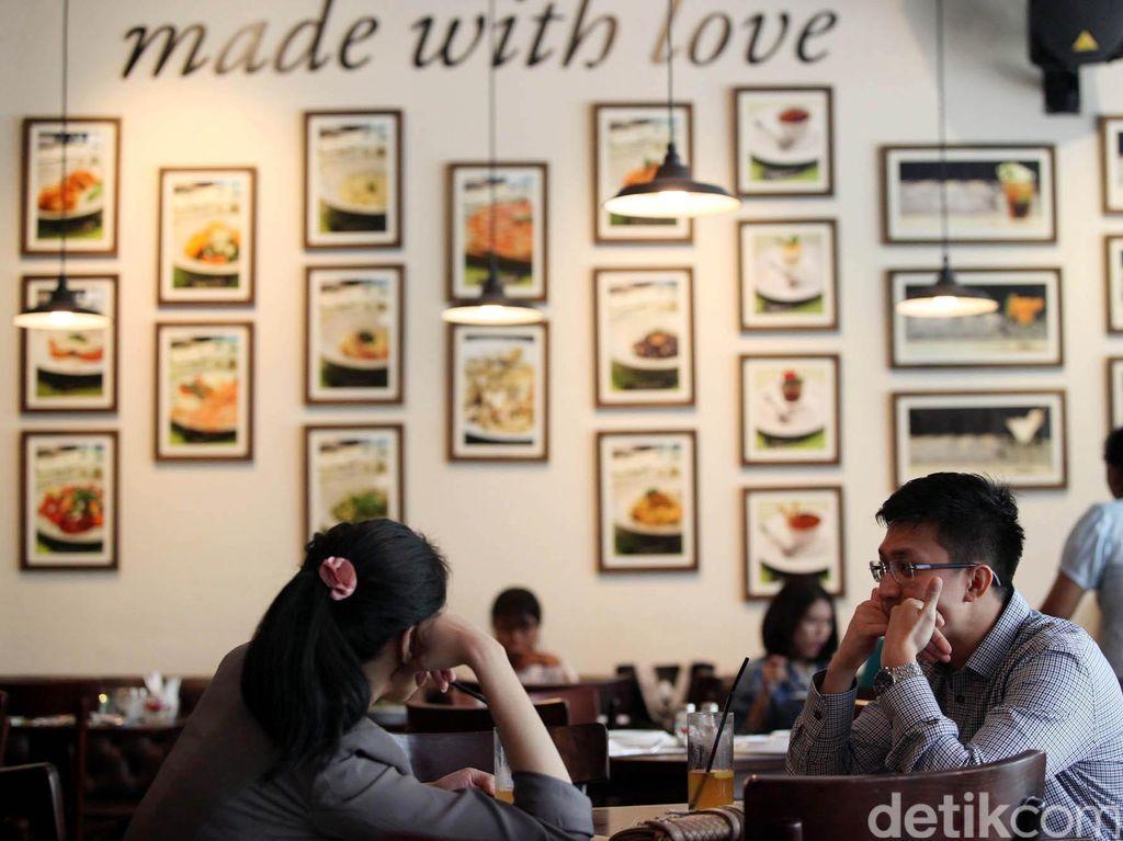 Dijamin Bikin Pria Senang, Restoran Ini Buka Jasa Penitipan Suami
