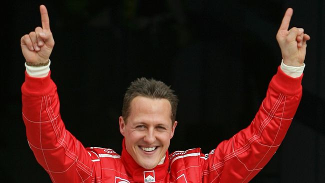 Mantan Bos F1 Tarik Komentar Soal Schumacher