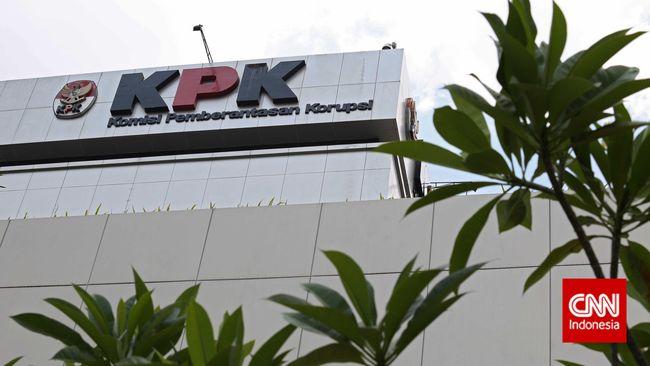 KPK Dikabarkan Geledah Rumah Komisaris Bank Jatim