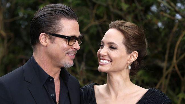 Jolie Tahu Perselingkuhan Pitt dari Detektif Pribadi