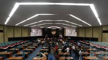 Anggota DPRD Kalsel Sumbang Gaji untuk Tangani Corona