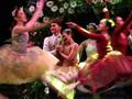 Akting Balerina Selaras Lagu Chrisye