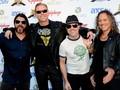 Rumah Mode Mewah Brioni Gandeng Metallica dalam Kampanyenya
