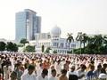 Masjid Al Azhar Berbagi Edukasi dan Keteladanan
