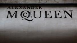 Menghidupkan Kembali 'Kulit McQueen' Lewat DNA Rambut