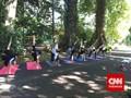 Segarnya Beryoga di Kebun Raya Bogor