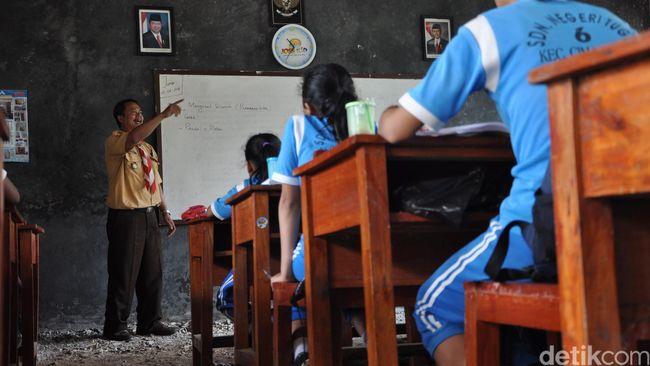 Kurikulum 2013 Diterapkan Hanya Pada Sekolah Contoh