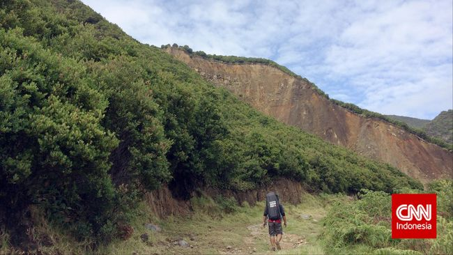 Meramu Esensi Mendaki dalam Urban Hiking