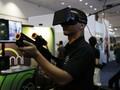 Kacamata <i>Virtual Reality</i> Oculus Dijual Tahun Depan