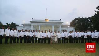 Jokowi Perlu Permak Punggawa Ekonomi di Kabinet Baru