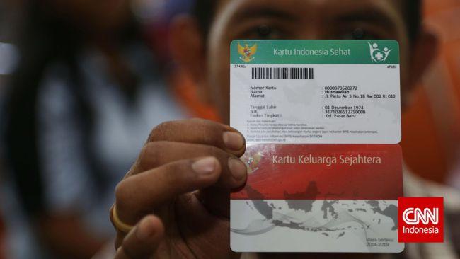 Jokowi Diminta Tak Teruskan Kartu Indonesia Sehat