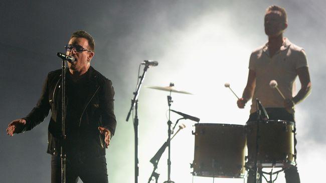 Bono Tak Bisa Lagi Bermain Gitar?
